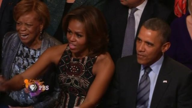 News video: Obamas welcome Women of Soul to White House