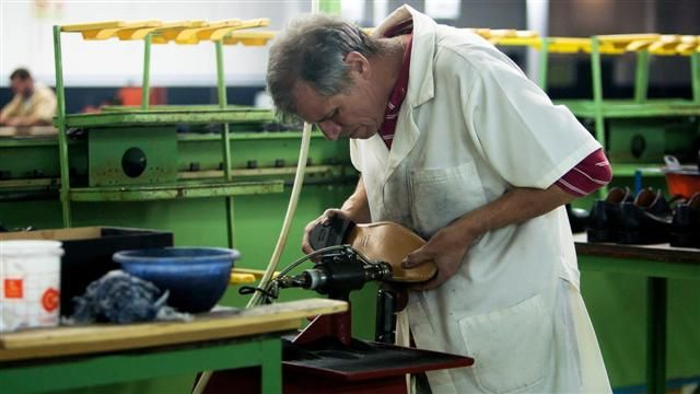 News video: Portuguese Economy Gets Lift From Shoe Industry