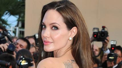 News video: Angelina Jolie Has to Have Another Breast Surgery