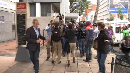 News video: Pistorius carried a gun all the time - witness